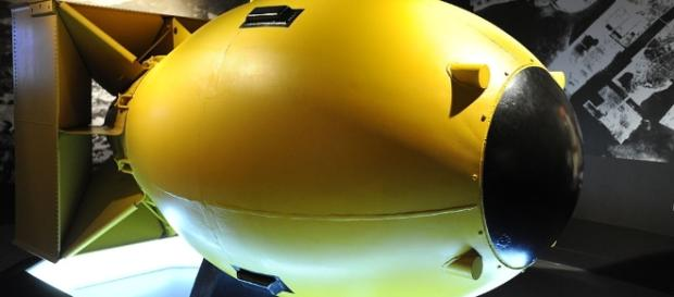 "File:""Fat Man"" Nuclear Bomb Mockup - Flickr - euthman.jpg ... - wikimedia.org"