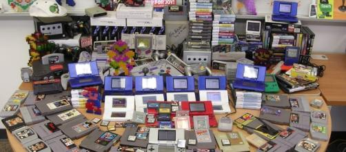 A great collection of Nintendo games / [Image via wisekris, Flickr]