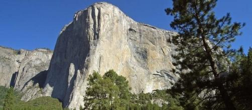 A man died while saving his wife's life in the rock slide on El Capitan in Yosemite National Park [Image Credit: CC0/Pixabay)