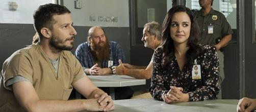 """Amy will strike a deal with a mob boss to get Jake out of jail in the next episode of """"Brooklyn Nine-Nine."""" (Image Credit: FOX/SpoilerTV/Youtube)"""