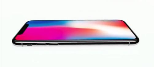 Image credit-Apple/ Youtube screenshot(Apple iPhone X: Face ID feature detailed out in length)
