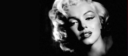 Hugh Hefner buried next to Marilyn Monroe - [Marilyn Monroe Rokr Rafterson via Flickr]