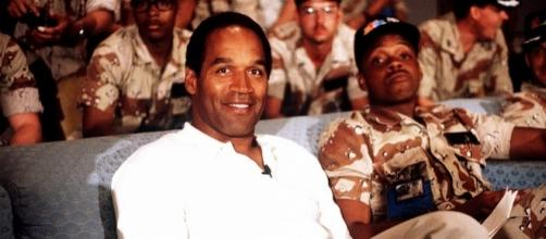 O.J. Simpson - Gerald Johnson via Wikimedia Commons