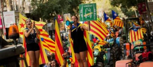 Toman escuelas para garantizar el referendo separatista catalán ... - eldia.com