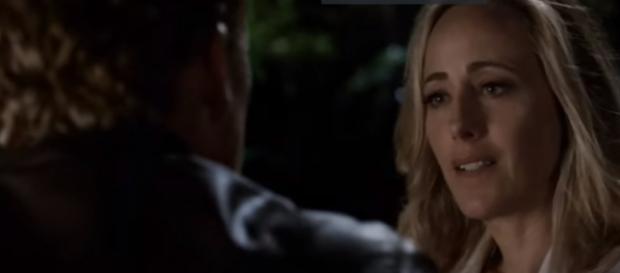 "Teddy and Owen kissed in ""Grey's Anatomy"" Season 14 episode 2. (Photo:YouTube/Grey's Anatomy - GreySloan)"