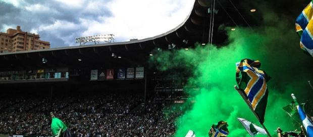 Timbers Army smoke. (Image Credit: Sharat Ganapati/Wikimedia Commons)