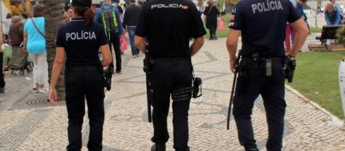Agente da PSP que estava com amigos foi esfaqueado de forma bárbara