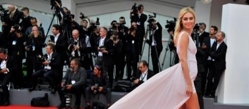Chiara Ferragni sul red carpet del Festival di Venezia