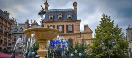 Disneyland Paris has extended their apology to Mrs. Glass and her son Noah. [Image via Pixabay]