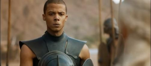Grey Worm to meet his death? [Image via YouTube/ArabianWaleed]