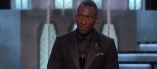 Mahershala Ali wins Best Supporting Actor | Oscars/YouTube