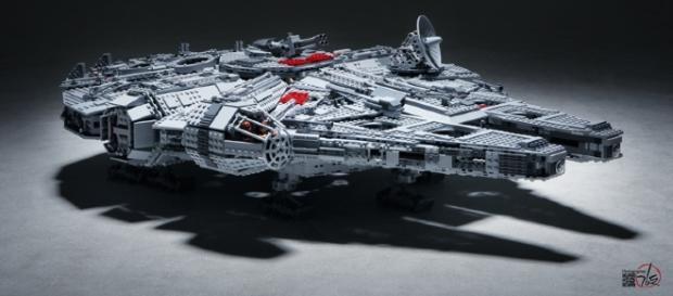 Star Wars LEGO / Photo via STICK KIM, Flickr