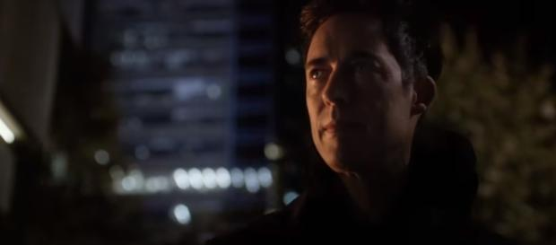 The Flash - 2x04 : Ending Scene Dr. Harrison Wells meets Barry (Ultra-HD 4K) - YouTube/The Flash
