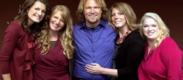 TLC's 'Sister Wives' star Kody Brown and his four wives — Meri, Janelle, Christine and Robyn/Photo via Nicki Swift, YouTube