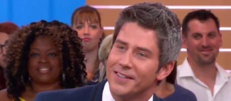 Arie Luyendyk, Jr. is named 'The Bachelor' 2018 lead, image via YouTube screenshot