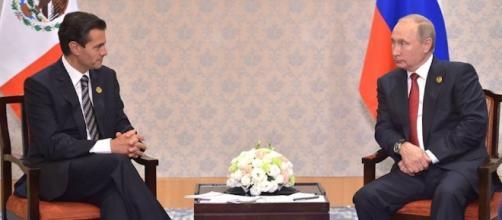 Enrique Peña Nieto y Vladimir durante un encuentro en China / Foto Facebook EPN