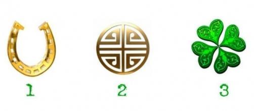 Escolha um amuleto e veja sua mensagem