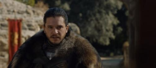 """Jon Snow at the Dragonpit in the Season 7 finale of """"Game of Thrones."""" (Photo:YouTube/Kristina R)"""