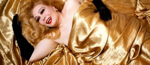 Morre no Rio, aos 74 anos, a atriz e cantora Rogéria