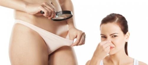 Muitas mulheres sofrem com o mau cheiro na região íntima feminina