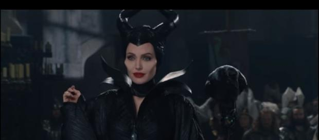 """""""Awkward Situation"""" Clip - Maleficent   Disney Movie Trailers/YouTube"""