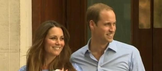 Credit: Wikimedia|CC BY-SA 3.0 - https://commons.wikimedia.org/wiki/File:Duke_Duchess_and_Prince_of_Cambridge.png