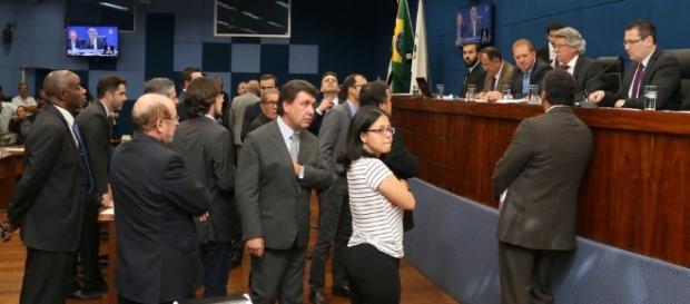 Câmara de Campinas aprova projeto de lei 'Escola sem Partido'