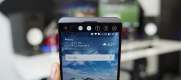 LG V30 price accidentally revealed; lower to Galaxy Note 8 Photo: YouTube screenshot