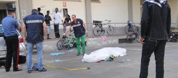 Italia: Tânăr român găsit mort pe caldarâm în fața unui bloc