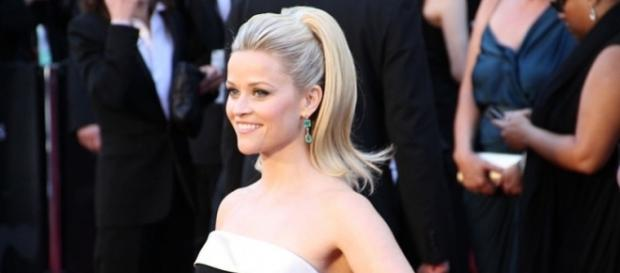 Reese Witherspoon at the 83rd Academy Awards Red Carpet/photo via Flickr