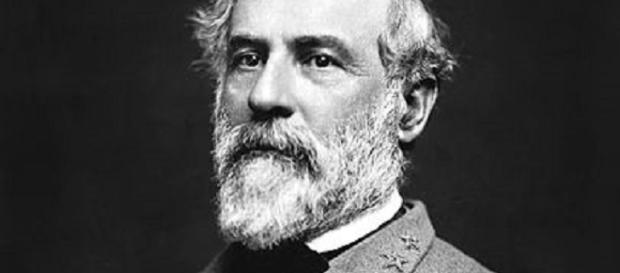 Robert E. Lee (Unknown photographer wikimedia commons)