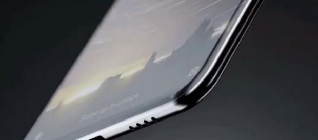 Xiaomi Mi MIX 2/ TechTalkTV/ Youtube Screenshot