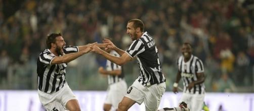 Calciomercato Juventus, nuovi compagno in difesa per Barzagli e Chiellini?