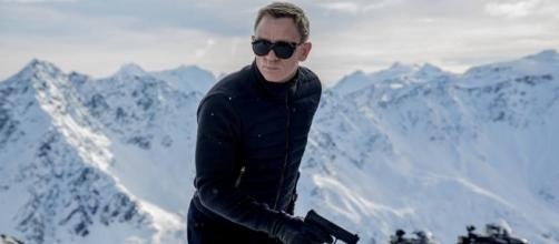 Daniel Craig will play James Bond for a fifth time in a film that will come out on November 2019. ~ Facebook/JamesBond007PH