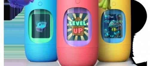 Gululu water bottles encourage kids to drink water by interacting with a cute animated character. / Photo via Asi Meskin, used with permission.