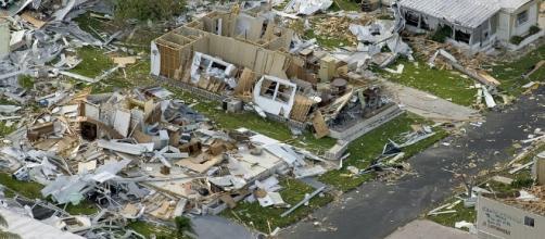 Hurricane devastation. Image via Pixabay.