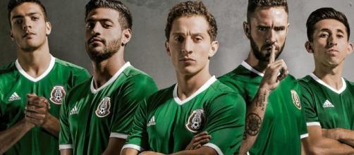 Jiménez, Vela, Guardado, Layún y Herrera (vía entrelíneas.com)
