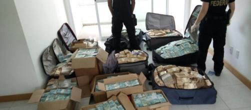 """Polícia Federal deflagra operação """"Tesouro Escondido"""""""