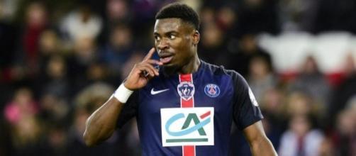 """Serge Aurier se dit """"moralement libéré"""" d'avoir quitté le PSG."""