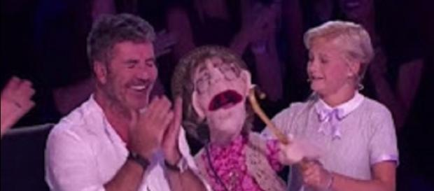 "Darci Lynne and her puppet, Edna, sang a duet to Simon Cowell in the ""America's Got Talent"" S 12 semifinals. Screencap Talent Recap/YouTube"
