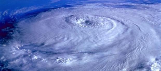 Image of a hurricane from a satellite CCO Pixabay
