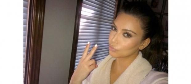 Kim Kardashian takes a selfie [Photo via Instagram]