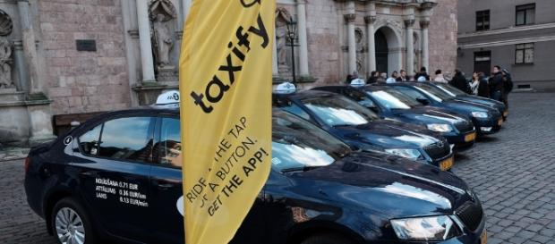 Taxify to compete head-to-head with Uber. Photo by flickr