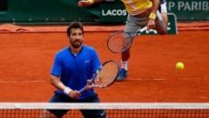 Feliciano y Marc Lopez directos a la final