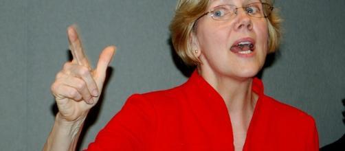 Elizabeth Warren (MyfriendofHillary, flickr)