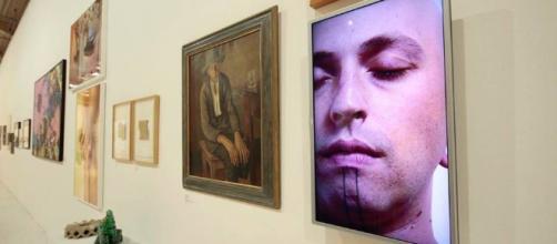 """Exposição """"QueerMuseu"""" é alvo de censura por conservadores."""