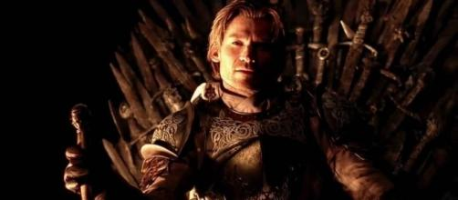 Game of Thrones : Le roi Jaime Lannister tel qu'il était imaginé dans les plans originaux de G.R.R. Martin !