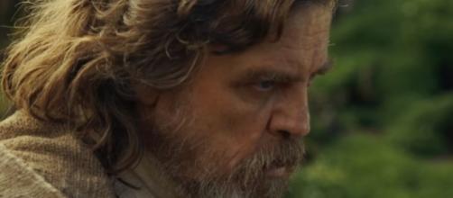 """Mark Hamill as Luke Skywalker in """"Star Wars: The Last Jedi."""" (Photo:YouTube/KinoCheck)"""