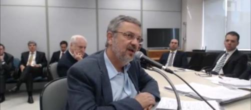 O ex-ministro Antônio Palloci presta depoimento