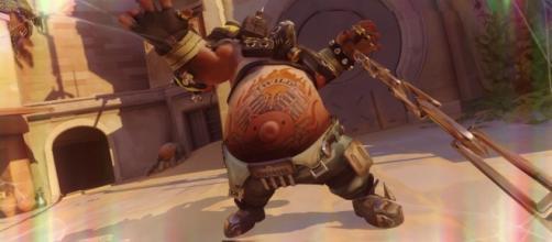 'Overwatch' hero Roadhog. (image source: YouTube/Overwatch Strategies)